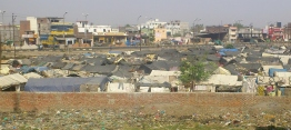 Ring road slum2